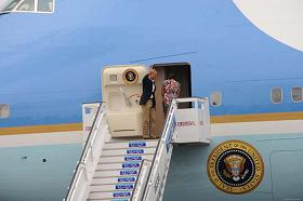 20160323043928-avion-obama1.jpg